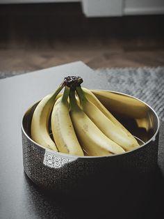 Scandinavian flat interior design photorealistic banana bowl // cgi visualization from CGI Artist Johannes Lindqvist. Rendering done in Max, FStorm Render. Flat Interior Design, Interior Rendering, 3d Rendering, Vray Tutorials, Sketchup Pro, 3d Max Vray, Photorealistic Rendering, 3d Models, Scandinavian Interior