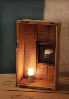 HANDMADE Photo Lightbox #226 _ Made in August 2015 | Medium size grapefruit wood box + Handmade framed photo + dimmered candle lamp | Find it at ETSY.COM | $136 USD _ 120 Euros