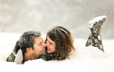 couple-portraits-in-snow by hollypacione, via Flickr