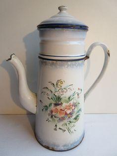 Cafetière tôle émaillée blanche, Art Déco: Bouquet de Pensées et de Muguet