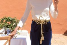 Look invitada boda: velvet pants Invitadas - Confesiones de una Boda Velvet Suit, S Curves, Summer Blouses, Fashion Outfits, Womens Fashion, Lounge Wear, Wedding Styles, Dress Skirt, Style Me