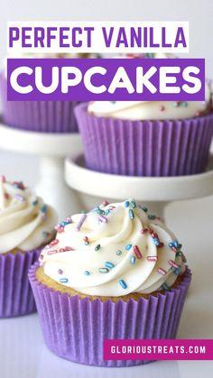 Cupcake Icing Recipe, Cupcake Recipes, Baking Recipes, Cupcake Ideas, Dessert Bar Wedding, Dessert Table, Dessert Ideas, Cupcake Party, Cupcake Cakes