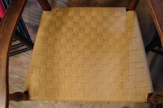 Checkerboard in raffia Patterns, Chair, Home Decor, Block Prints, Decoration Home, Room Decor, Stool, Home Interior Design, Pattern