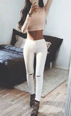 ripped white jeans cute pretty adorable+outfit