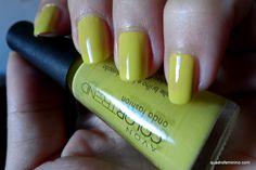 Onda Fashion da @Avon Brasil - Entre nessa Onda #nails https://www.facebook.com/avongoianiago/?fref=ts
