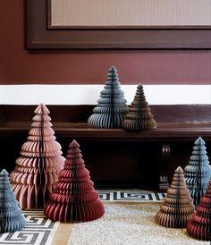 Hjemmelavet julepynt | Lav et smukt origamiprisme | Mad & Bolig