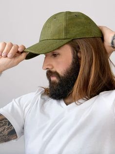 The Day In Day Out hat is waterproof, adjustable and durable for years of dependable wear. No more worrying about getting your hat to hold shape, catching some rain or looking worn down. Cork is vegan, hypoallergenic, antimicrobial, waterproof, lightweight, durable, biodegradable and recyclable Waterproof Hat, Wearing A Hat, Vegan Fashion, Nude Color, Days Out, Army Green, Sustainable Fashion, Baseball Cap, Biodegradable Products