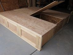 DIY: KING SIZE STORAGE BED---- hey I use to have a bed kinda like this...that was made for me. Minus the storage but that's a good idea. And would have been handy.
