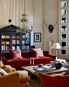 Dear Saturday, you are my favorite day. xoxo . . . A beautiful livingroom to hang out in any day. @roseuniacke . . . . . . . . . . #london #chic #designer #design #art #detail #glam #home #homedecor #interiordesign #interior #instagood #luxe #lighting #mood #style #interiors #instadecor #interiorinspo #luxurydesign #chandelier #luxury #decoration #interiordecorating #interiordesigner #photography #traditional #contemporary #midcenturymod #instahome