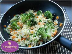 Finom zöldséges köles gyorsan, wokban elkészítve. A köles egészséges, a zöldséges köles pedig szuper egészséges! Próbáld ki Te is ezt a zöldséges kölest! Health Eating, Milk Recipes, Wok, Paleo, Food And Drink, Vegan, Diabetes, Vegetables, Cooking