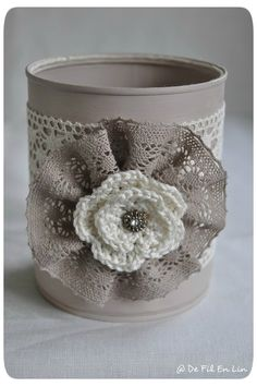 Hello, What do you do with cans and other metal jars . Aluminum Can Crafts, Tin Can Crafts, Jar Crafts, Bottle Crafts, Diy Crafts To Sell, Home Crafts, Arts And Crafts, Pot A Crayon, Recycle Cans