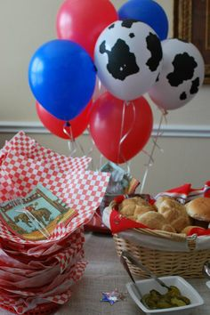 Western Birthday Party -like the trays with red and white paper in them