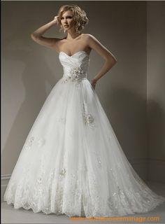 Robe de mariée princesse this is like super pretty!!!!!!!!!