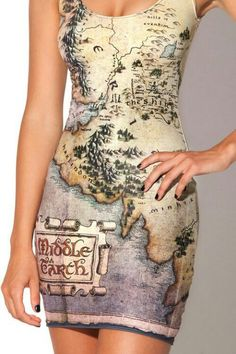 Someday, I'll wear this into a group of fantasy geeks and watch them all melt with jealousy ^_^