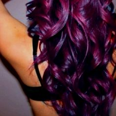 This is the color of my hair now and by far out of all the colors ive dyed my hair this color my favorite :-)
