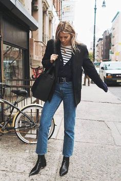Best straight leg jeans: Ropes of Holland Wears Weekday Jeans Los mejores jeans rectos: Ropes of Holland Wears Weekday Jeans Style Outfits, Jean Outfits, Fall Outfits, Casual Outfits, Fashion Outfits, Jeans Fashion, Winter Layering Outfits, Layering Clothes, Classy Outfits