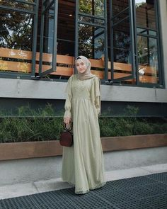 Dress Brokat Muslim, Muslim Dress, Kebaya Muslim, Kebaya Dress, Dress Pesta, Model Baju Hijab, Dress Muslim Modern, Hijab Fashion, Fashion Outfits