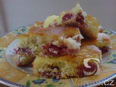 Rychlá a chutná vláčná bublanina, kterou zvládne ukuchtit každá kuchařka. Bublaninu s ovocem,které Vás napadne nebo máte čerstvé na zahrádce.