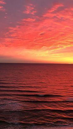 Beautiful Nature Pictures, Beautiful Nature Wallpaper, Beautiful Sky, Beautiful Landscapes, Beautiful Landscape Photography, Amazing Nature, Beautiful Beaches, Beach Sunset Wallpaper, Ocean Wallpaper