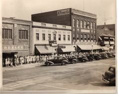 A scene of Downtown Dover featuring Bexley and JC Penney Co.