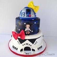Star Wars Cupcakes, Star Wars Cake, Star Wars Party, Happy Birthday Olivia, 1st Birthday Girls, R2d2 Cake, Star Wars Birthday Cake, Star Wars Decor, Star Cakes