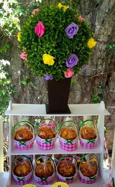 Mesa de dulces Masha y el oso Aloha Party, Masha And The Bear, Bear Party, Bear Birthday, Acai Bowl, Catering, Picnic, Breakfast, Food