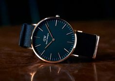 New year sales! By applying the code of you can receive off for all Daniel Wellington watches. Best Men's Jewelry, Gold Jewelry, Jewelry Shop, Cool Watches, Watches For Men, Popular Watches, Casual Watches, Daniel Wellington Classic, Daniel Wellington Strap