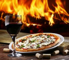 Having a rough Monday? Why not order a #pizza and open a bottle of wine? http://fandw.me/1awWXJm