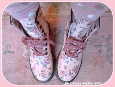 Doc Martens pink flowers