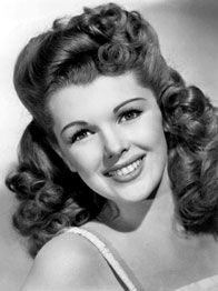 Kay Aldridge! 1940's black and white photography, vintage hair inspiration
