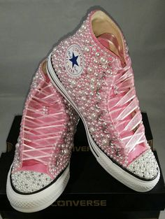 Looking for beautiful custom converse? Look no further! Sparkly Converse, Custom Converse Shoes, Custom Shoes, Shoes Sneakers, Canvas Sneakers, Diy Fashion Shoes, Zapatillas Casual, Creative Shoes, Leopard Pumps