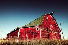 red barns make me smile