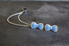 Periwinkle Bow Douible Chain Ear Cuff van oflovelythings op Etsy, $10.00