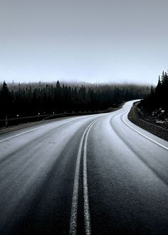 I live pictures of roads into the unknown. We're life and God will take me. ADVENTURE!
