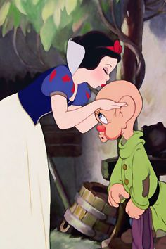 A kiss for dopey, Snow White