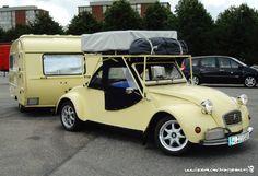 Nomadology. Traveling lightly with Citroën 2CV Cabrio Caravan.