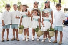 - Clara Wish Art Deco Wedding, Wedding Blog, Party Wedding, Costume Garçon, Ring Bearer Outfit, Girls Dresses, Flower Girl Dresses, Flower Girls, Antique Diamond Rings