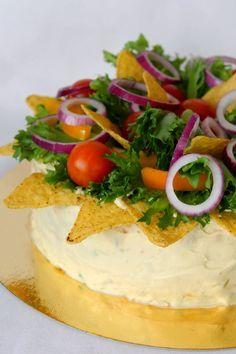 Kakkuviikarin vispailuja!: Texmex-voileipäkakku Sandwich Cake, Sandwiches, Food N, Food And Drink, Tex Mex, Savoury Cake, Camembert Cheese, Tacos, Baking