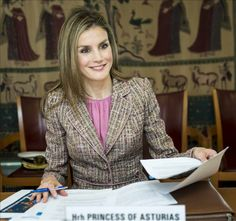 La princesa deLetizia inaugura un seminario sobre el futuro del idioma #realeza #royalty