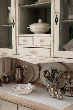 mycountryliving: (via Pin by Michela Pozzi on Kitchen inspirations | Pinterest)