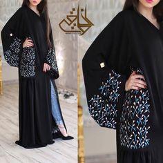 Repost @athwaqi with @instatoolsapp متوفره للتسليم الفوري وأستقبل عليها تفصيل ريال عماني #subhanabayas #fashionblog #lifestyleblog #beautyblog #dubaiblogger #blogger #fashion #shoot #fashiondesigner #mydubai #dubaifashion #dubaidesigner #dresses #capes #uae #dubai #abudhabi #sharjah #ksa #kuwait #bahrain #oman #instafashion #dxb #abaya #abayas #abayablogger #абая
