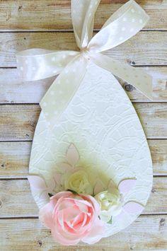 Zawieszka pisanka drewniana jajko/ Lace easter egg