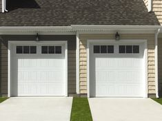 Model 9510 has an R-value of 12* which can improve your home's thermal efficiency, block street noise and make the garage door operate more quietly. This door also comes with the TorqueMaster® Counterbalance to prevent injury from the springs. The Designer Steel door has it all!
