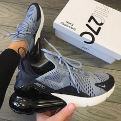 Cute Sneakers, Shoes Sneakers, Grey Sneakers, Sneakers Outfit Nike, Nike Shoes Outfits, Gucci Sneakers, Sneakers Adidas, Adidas Outfit, Sneaker Heels