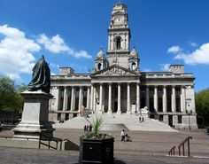 Beautiful picture of Portsmouth Guildhall, pass by this place almost everyday.