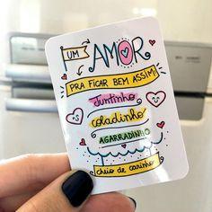 Ah O Amor, Phone Cases, Lettering, Kawaii, Refrigerator Magnets, Valentine's Day Letter, Mug Rack, Shop Ideas, Mugs