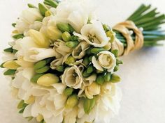 Творче і захоплююче заняття – складання букетів з живих квітів – вимагає знань і навичок. Щоб зробити красиву композицію, дотримуйтеся певних правил.  #lviv #квітильвів #букети #купитиквіти #доставкаквітів