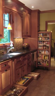 Small Kitchen Design With Cherry Wood Cabinets Kitchen Decor, Kitchen Redo, New Kitchen, Home Kitchens, Kitchen Design, Kitchen Remodel, Kitchen Dining Room, Home Decor, Clever Kitchen Storage