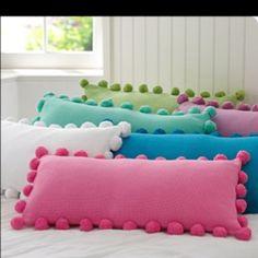 gonna make myself some pompom pillows