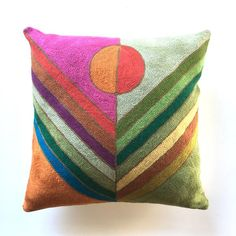 Rainbow Bedding, Pillow Inspiration, Sunset Colors, Printed Cushions, Small Quilts, Quilt Top, Rug Hooking, Custom Pillows, Cotton Canvas